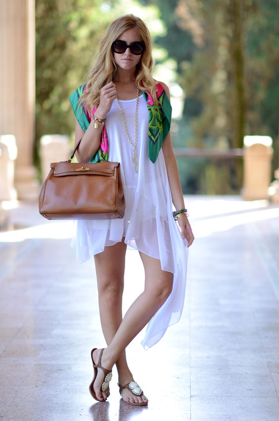 #Recreate Throw a colorful scarf over anything white! How effortless, right?