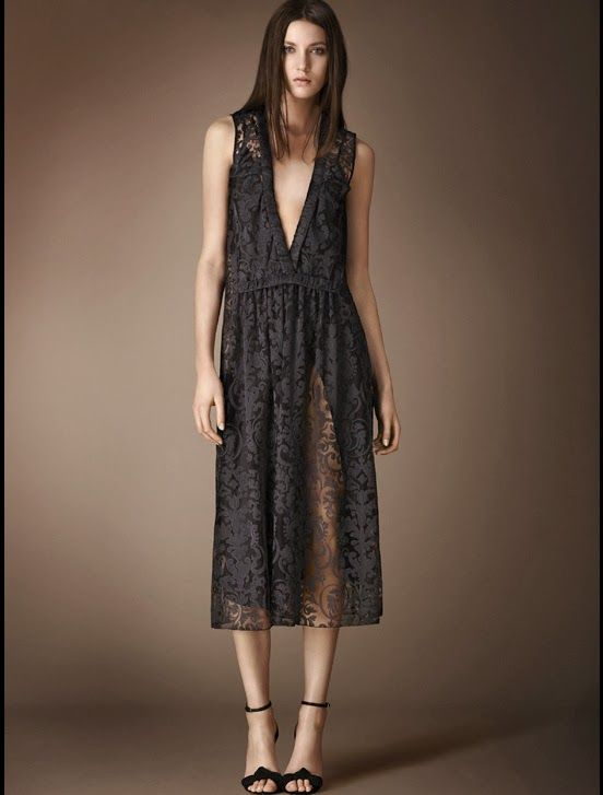 http://fashionblogofmedoki.blogspot.be/2013/11/burberry-prorsum-le-defile-automne.html