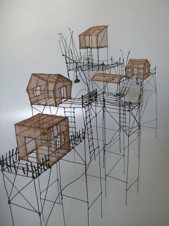 Isabelle Bonte - les cabanes dans la dune (02) - fil de fer & tarlatane teintée