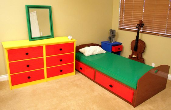 Bedroom — Nathan Sawaya // i want it!!