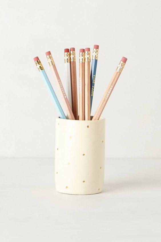 Gold dot pencil cup.