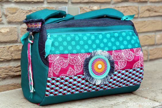 stitchydoo: Taschenspieler 3 Zylindertasche - Jeans-Recycling // Schnitt von farbenmix