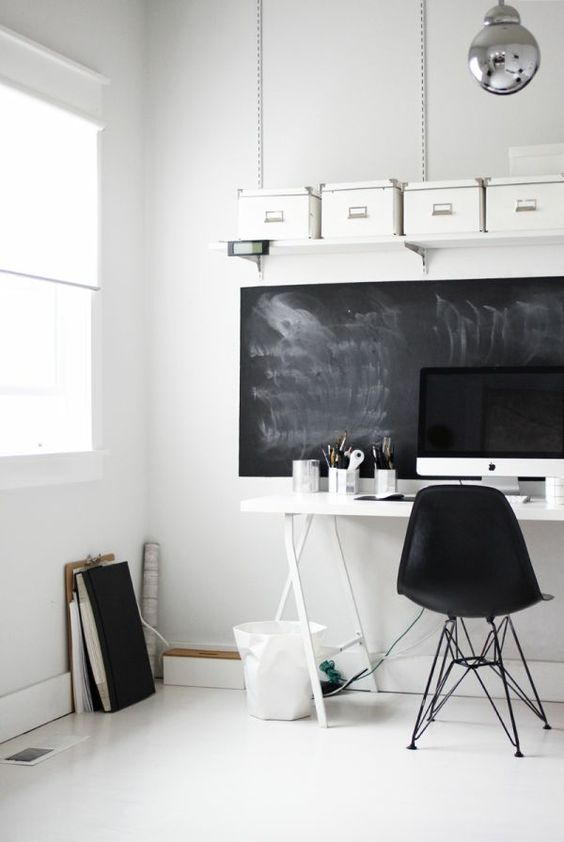 Tafelfarbe, Schiefertafeln and Büros on Pinterest