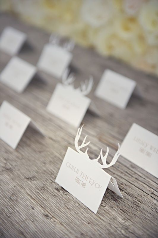 Deer head escort card display