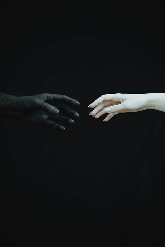 Good Vs Evil Light In The Dark Dark Photography The Grisha Trilogy