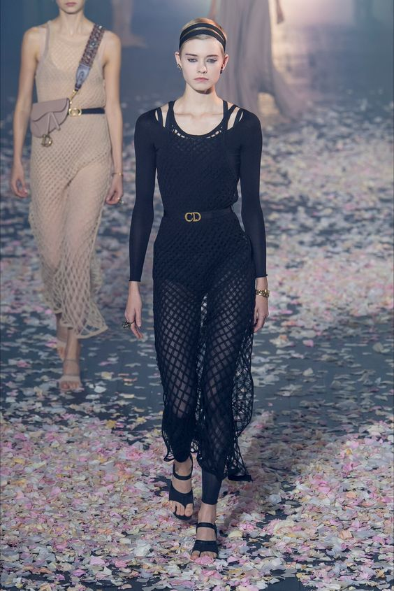 Christian Dior fashion show Paris - Spring Summer 2019 Collection - Vogue