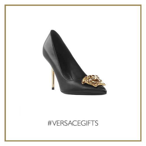 The #Versace Palazzo stiletto heels will add a distinguish polish to all your festive looks. #VersaceWomenswear #VersaceGifts