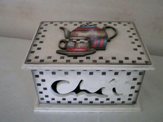 ABruxinhaCoisasGirasdaCarmita: Caixa para chá