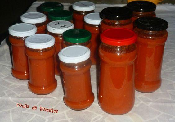 Encore beaucoup de tomates au jardin, alors pour ne pas jeter , j'ai refais du coulis de tomates .Depuis 2 ans, je fais la même recette ; celle de mon Amie Sagweste Passez lui rendre visite ; elle a un joli blog avec des recettes WW et depuis quelques...