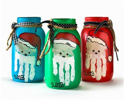 One for the kids! Get the children to help out making these handmade Christmas mason jars!