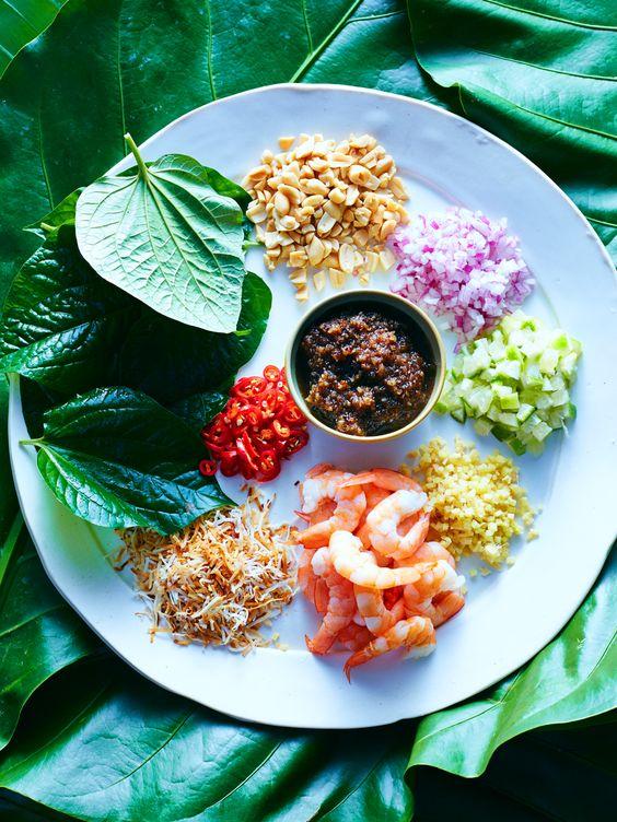 Prawn betel leaf wraps (miang kham)