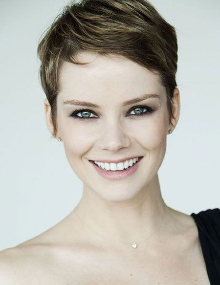 Tremendous Short Pixie Style And Short Hairstyles On Pinterest Short Hairstyles Gunalazisus