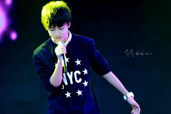 #tfboys #wangjunkai #karry #王俊凱 CCTV過年七天樂綵排 CR齐齐Violinist