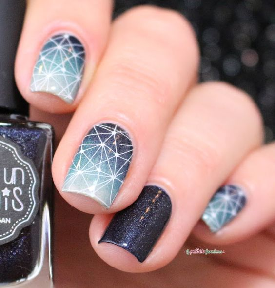 IEUV #ladykiller constellation gradient nail art