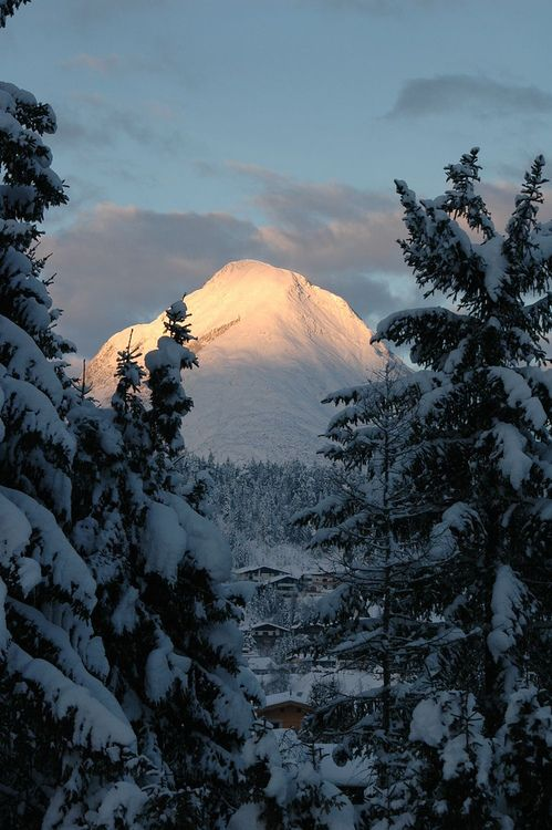 Mountain view near Seefeld (by anat_kozlov)