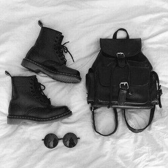 bag black black boots black sunglasses tumblr girl grunge hipster cute shoes sunglasses rock leather