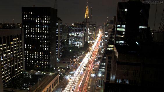 São Paulo à noite.