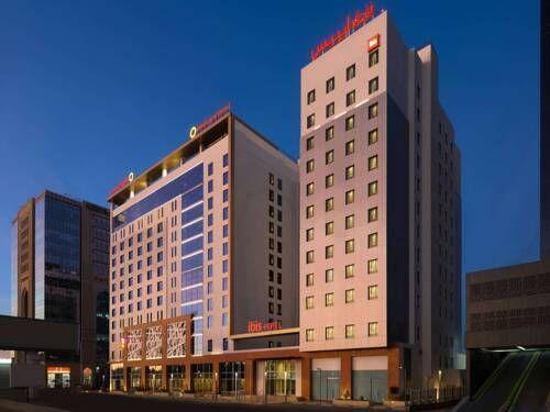 إيبيس سيتي سنتر جدة فنادق السعودية شقق فندقية السعودية Multi Story Building Structures Building