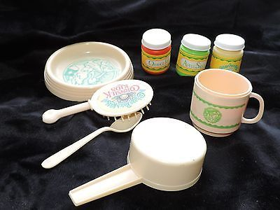 Vintage cabbage patch food set ,dish,cup,spoon,brush
