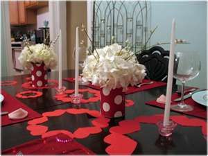 Easy Valentine's decorations for the table.