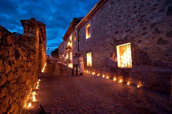 Noche de las velas en Pedraza by Jexweber.fotos, via Flickr