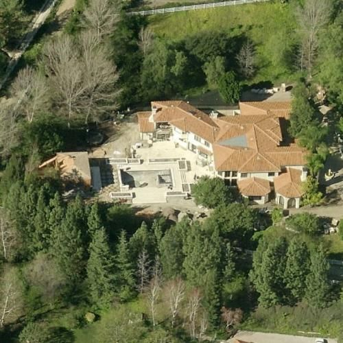 The Kardashian Jenner House Bing Maps Kris Jenners Pinterest And