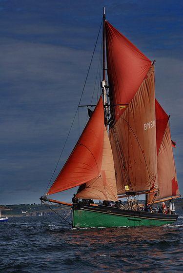Rassemblement de vieux gr ments brest boats sailing for O architecture brest