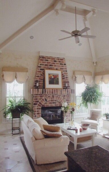 family room remodeling ideas how to decorate family room large family room design #FamilyRoom