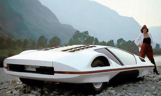 Diretor de cinema compra modelo único de #Ferrari futurista; veja fotos http://oesta.do/ZkTM21 pic.twitter.com/5NETqOqzvz