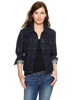 Short black denim jacket – Modern fashion jacket photo blog