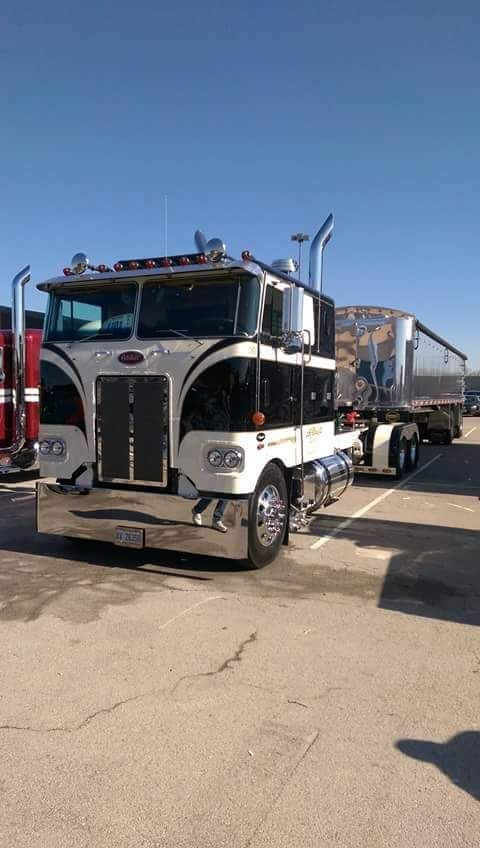 Pictures of Custom Cabover Peterbilt - #rock-cafe
