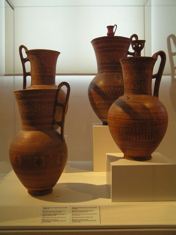 Ancient Greek Vases // Geometric Period 800 BCE