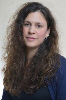 Melanie Assangni, Prüferin im Tarot e.V. ist für Köln Ihre Ansprechpartnerin. Sie veranstaltet Tarot-Treffen. Kontakt unter:  tarot-atelier@web.de