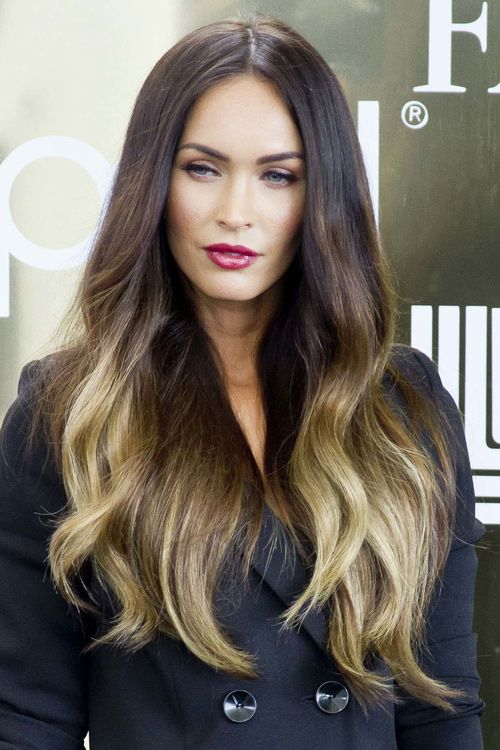 Megan Fox S Hairstyles Hair Colors Steal Her Style Megan Fox Hair Megan Fox Hair Color Shades Of Red Hair