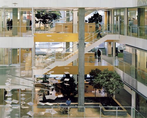 Cambridge Mass The Genzyme Center Designed By Behnisch Architects And Architected Space Provides Communal Areas With Water Featur