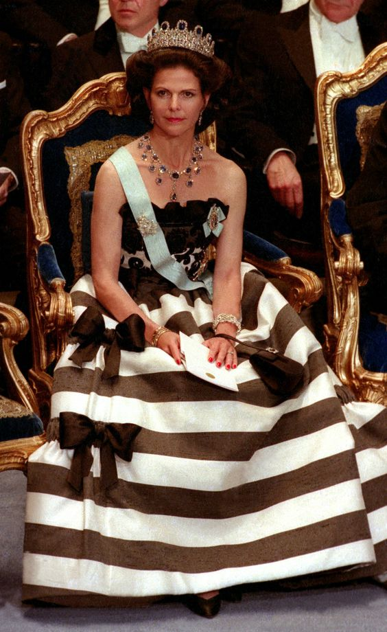 Queen Silvia at the Nobel prize ceremony in 1993 The Dress is made by Nina Ricci