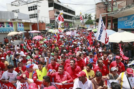 @HogarDeLaPatria : .@gladysrequena: la tarjeta es una herramientas de atención a la familia venezolana.