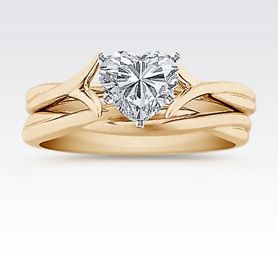 Swirl Solitaire Yellow Gold Wedding Set with Heart Diamond