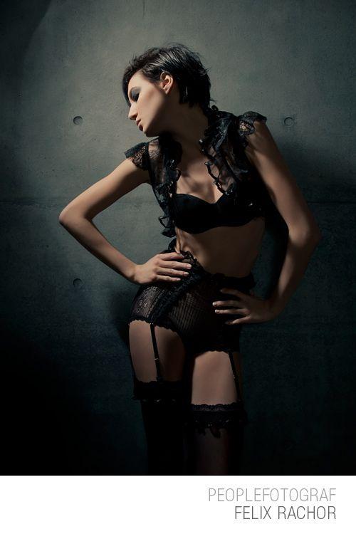 #lingery  #studio #glamour #fashion #skin #photoshop #tutorial #workshop #colour #sexy #shiny #skinny
