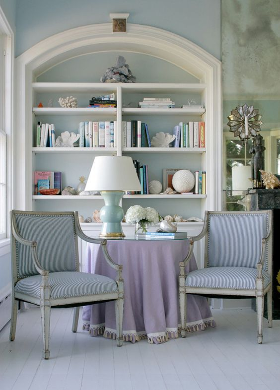 lilac and blue room