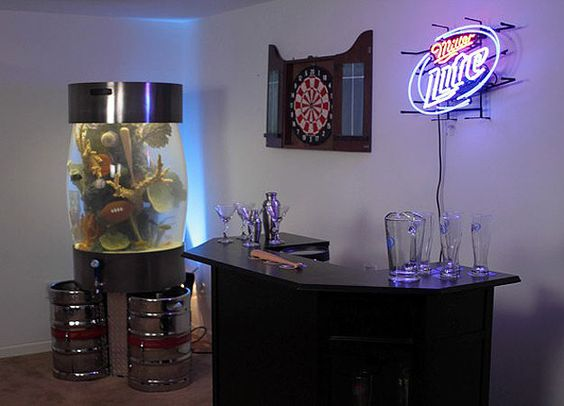 Man Cave Show Tank : Fish tank ideas for your man cave