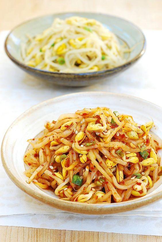 Kongnamul Muchim (Seasoned Soybean Sprouts) - Korean Bapsang
