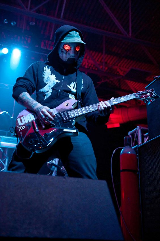 hollywood undead jdog and charlie scene schecter
