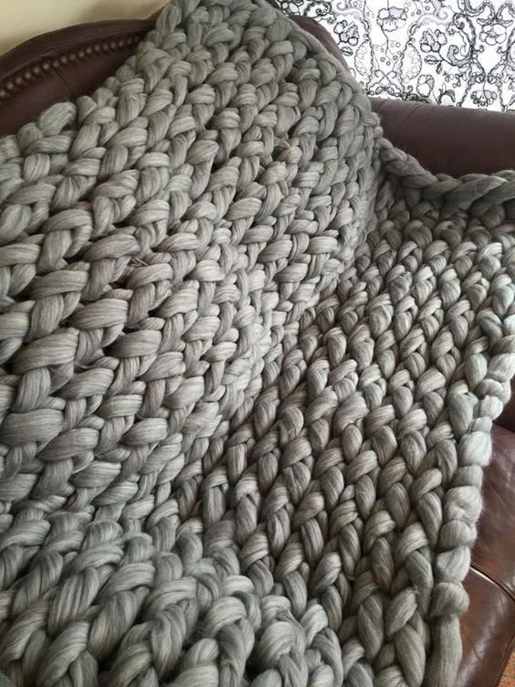 Mega Jumbo 3 1/2 inch stitch blanket made with combed top merino.  We sell them with over 25 different colors to chose from, also the DIY kits, as well as the merino for any spinning, felting projects at affordable costs!  Come see what we have to offer :)