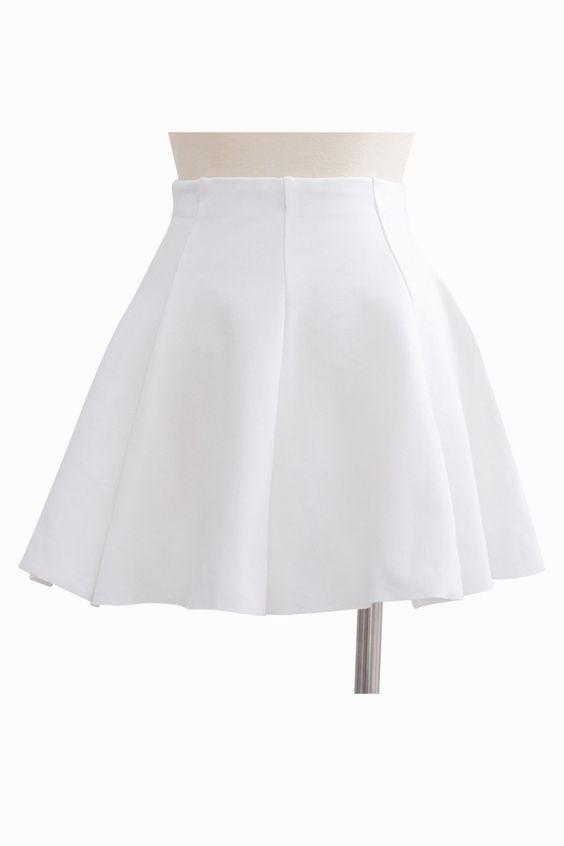 Nice Short Skirt In White