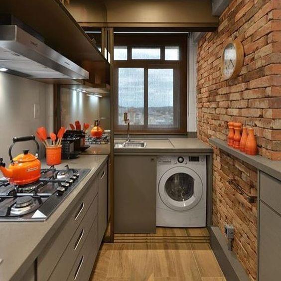 Espaços pequenos podem ser muito charmosos. Só dependem de imaginação. Cozinha…