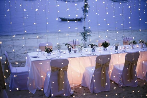 Prana Beach Villa Wedding1 fairy lights