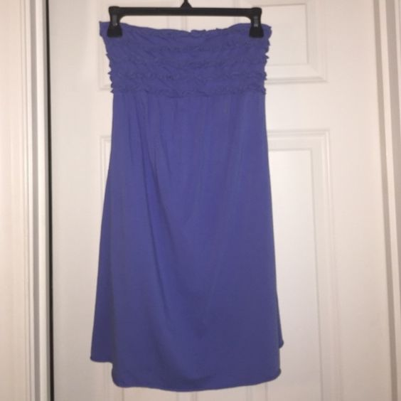 Blue strapless dress Super comfy blue cotton dress. Ruffles at the top to give it some flare. Can be worn as an easy strapless dress or bathing suit cover up. Xhilaration Dresses Strapless