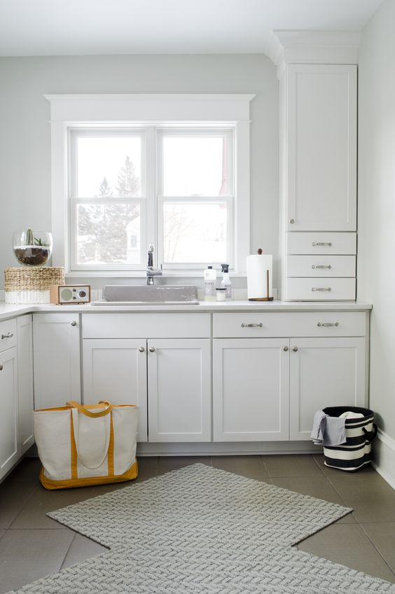 Aristokraft winstead door style in white provides a for Aristocraft kitchen cabinets