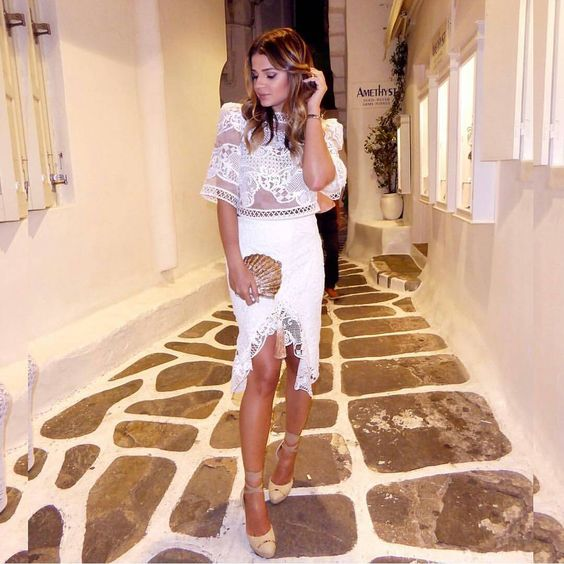 """""""@thassianaves linda em Mykonos de #fabulousagilita Verão 16!! Em breve!!"""""""